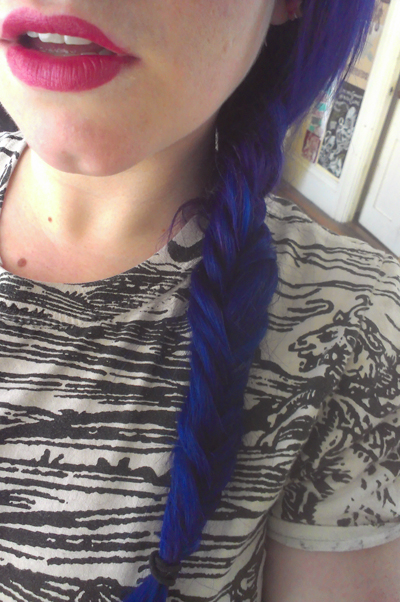 I was told that the fishtail braid was both easy and quick. It ain't. What the hell to women do to their hair that this is a cakewalk in comparison?!